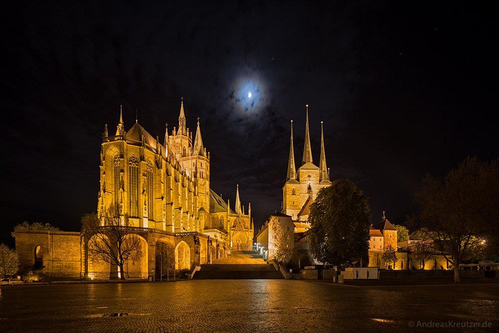 Erfurter Dom bei Nacht
