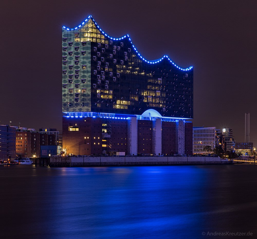 Elbphilharmonie - Blue Port 2015