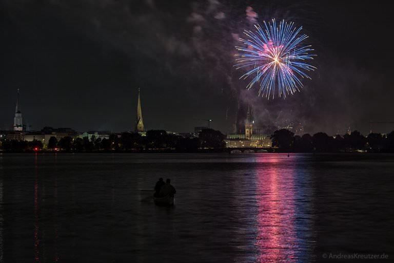 Feuerwerk beim Hamburger Alstervergnügen 2015