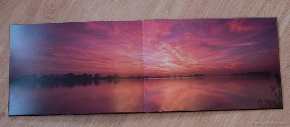 Sonnenuntergang an der Elbe im Fotobuch von Saal Digital