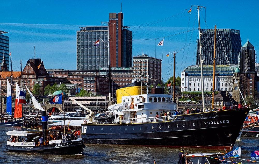 Holland - 827. Hafengeburtstag