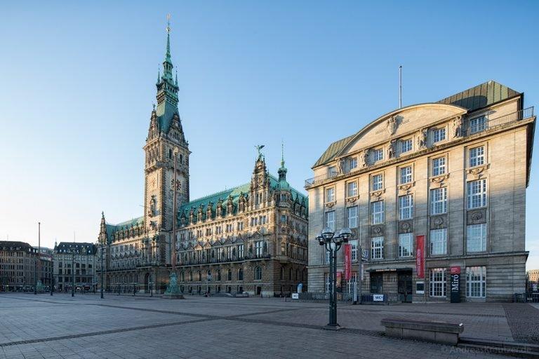 Hamburger Rathaus und Bucerius Kunst Forum