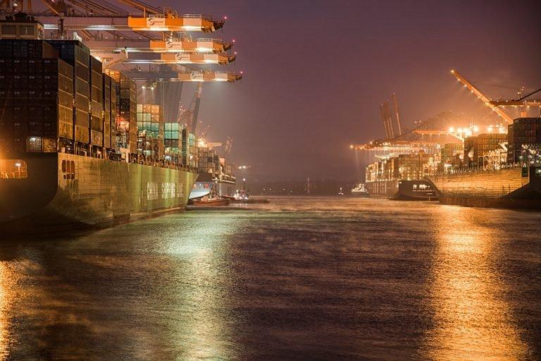 Morgens am Hafen IV