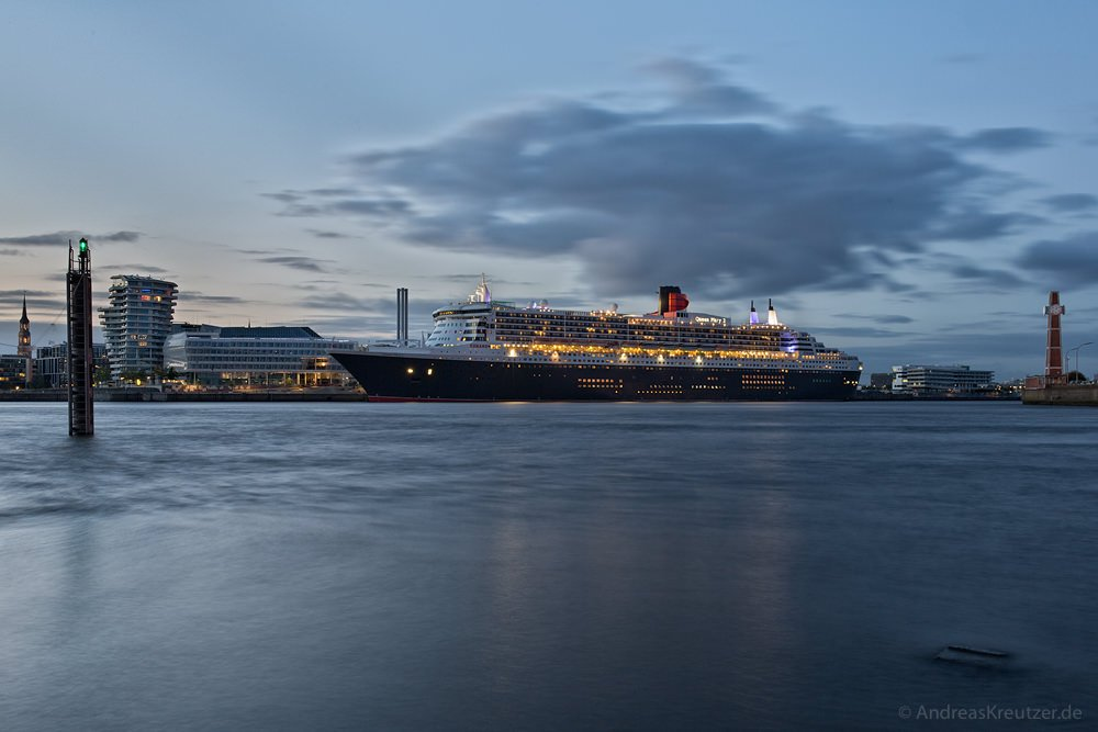 Queen Mary 2 - 0614
