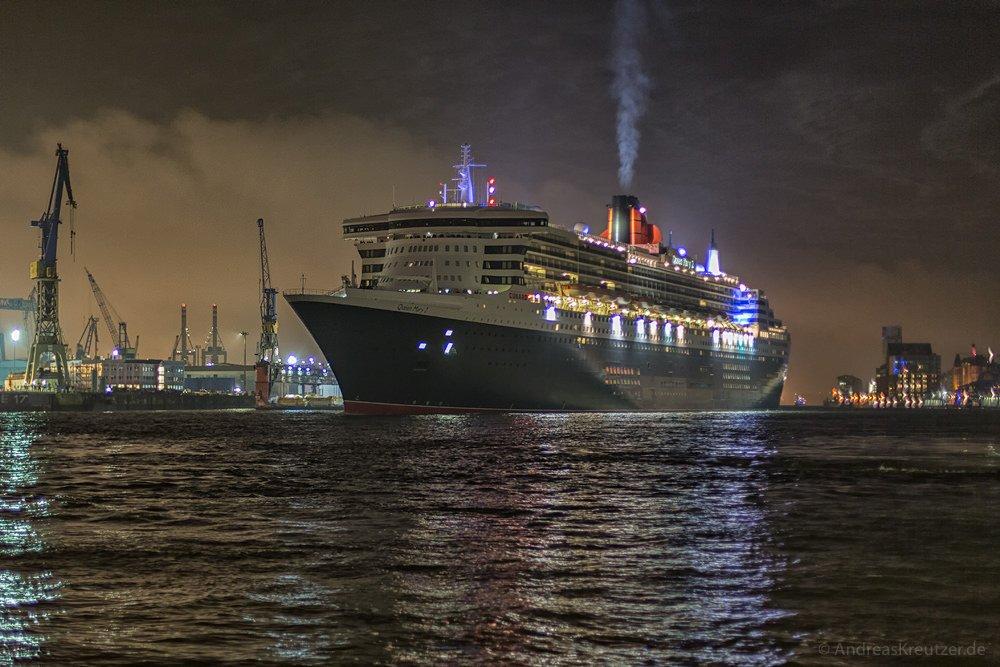 Queen Mary 2 II 061114