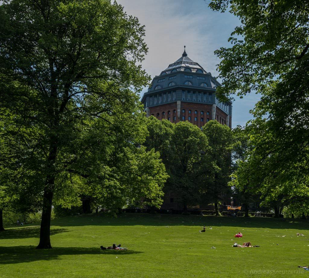Schanzenpark mit ehemaligem Wasserturm