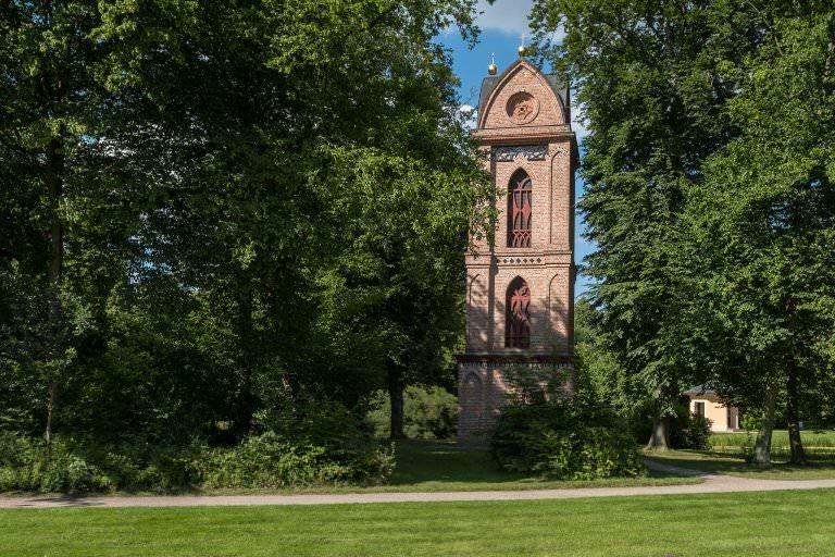 Glockenturm Katholische Kirche im Schlosspark Ludwigslust