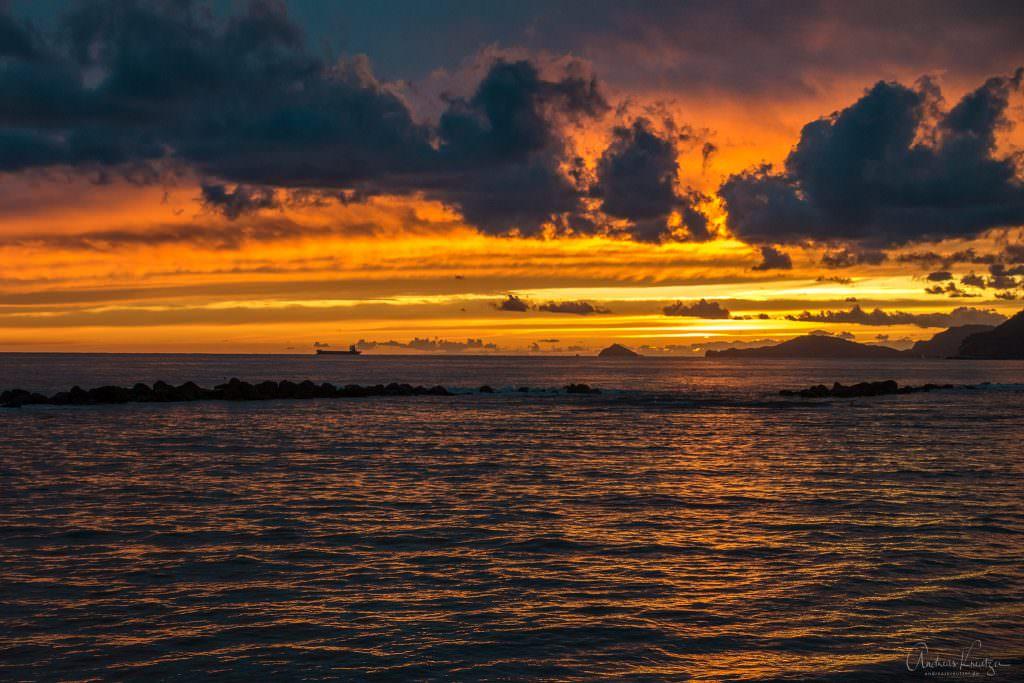 Sonnenuntergang bei Mazza am Mittelmeer