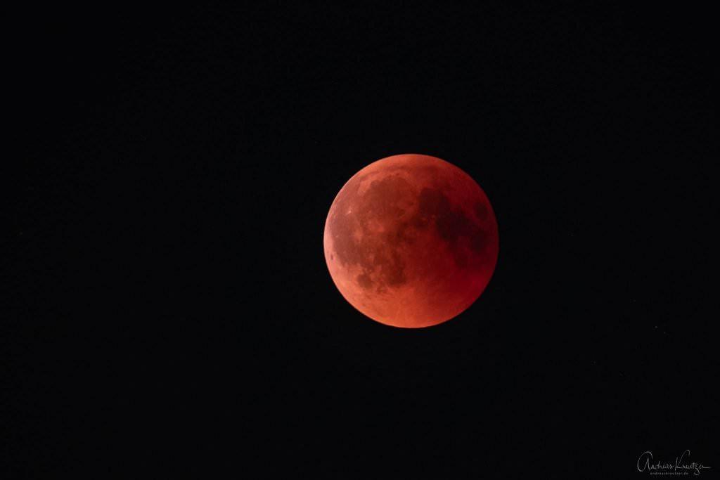 Blutmond zur Mondfinsternis 2018