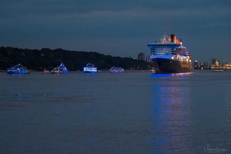 Queen Mary 2 10 Jahre Blue Port