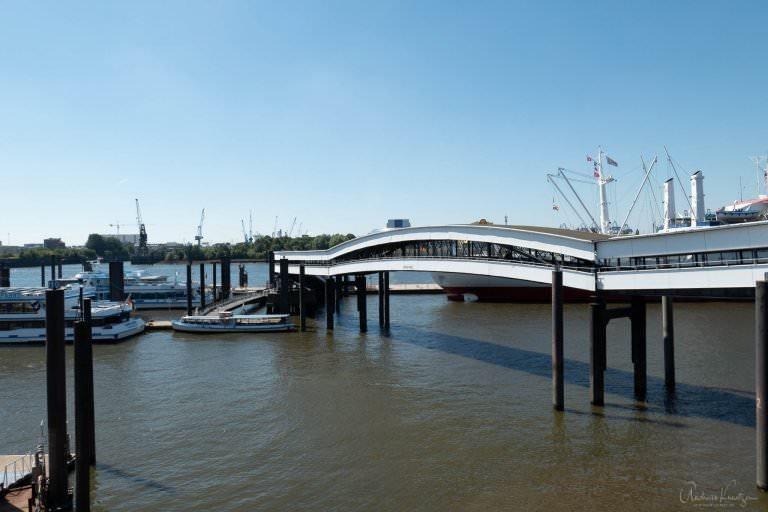 Überseebrücke TZ202