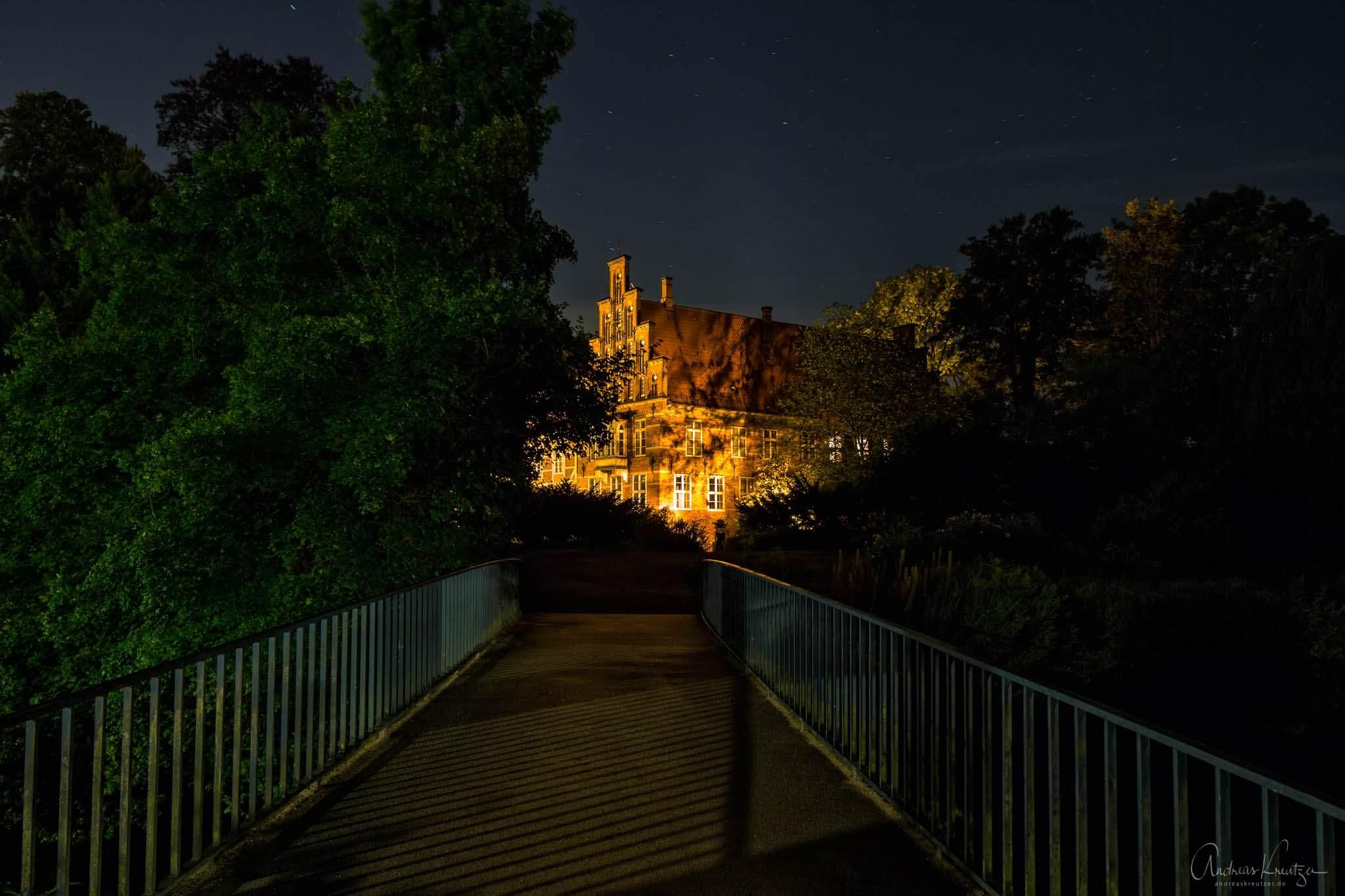 Bergedorfer Schloss bei Nacht