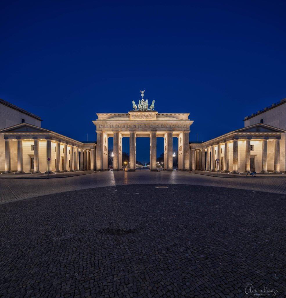 Brandenburger Tor zur blauen Stunde