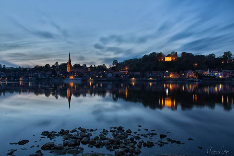 Abendlicher Blick auf die Altstadt von Lauenburg