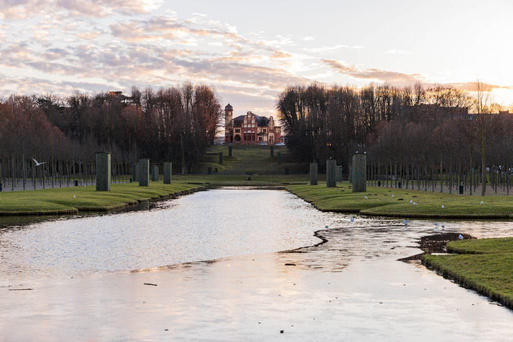 Blick vomn Schlosspark auf das Altes Offizierskasino