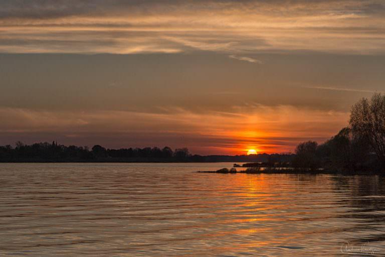 Sonnenuntergang an der Elbe 1114