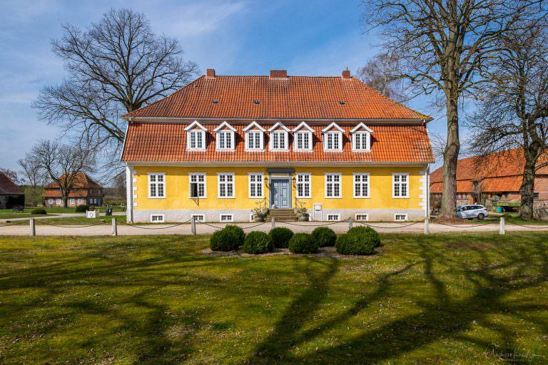 Verwaltungsgebäude Schloss Wotersen