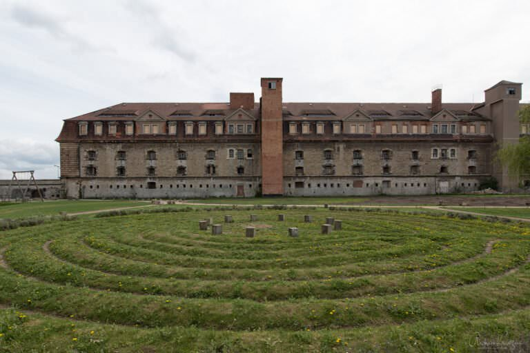 Zitadelle Petersberg II
